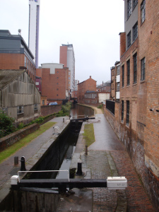 Ein Kanal unweit von Hatters Hostel.